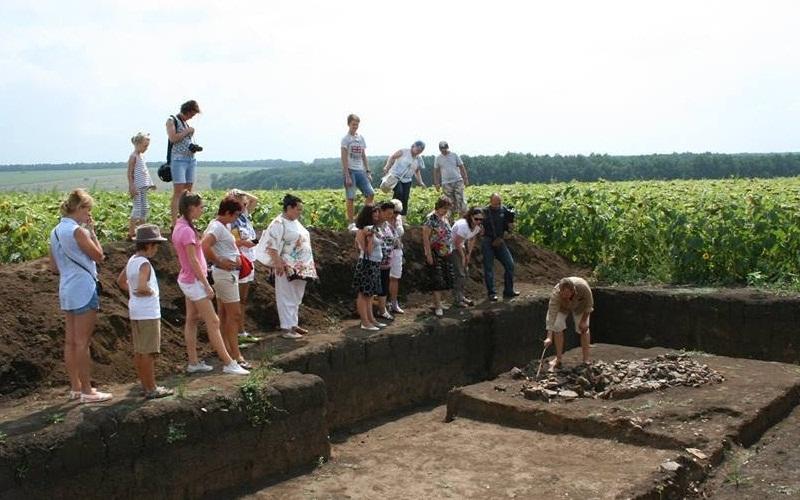 экскурсия к раскопкам Легедзино